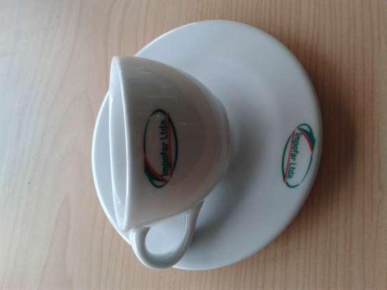 Mugs y pocillos en porcelana Estampados