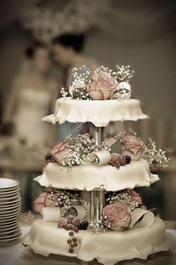 Pastel de bodas para tu evento en bogotá
