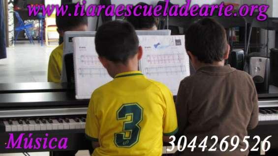Aprende a tocar el piano sector j. vargas