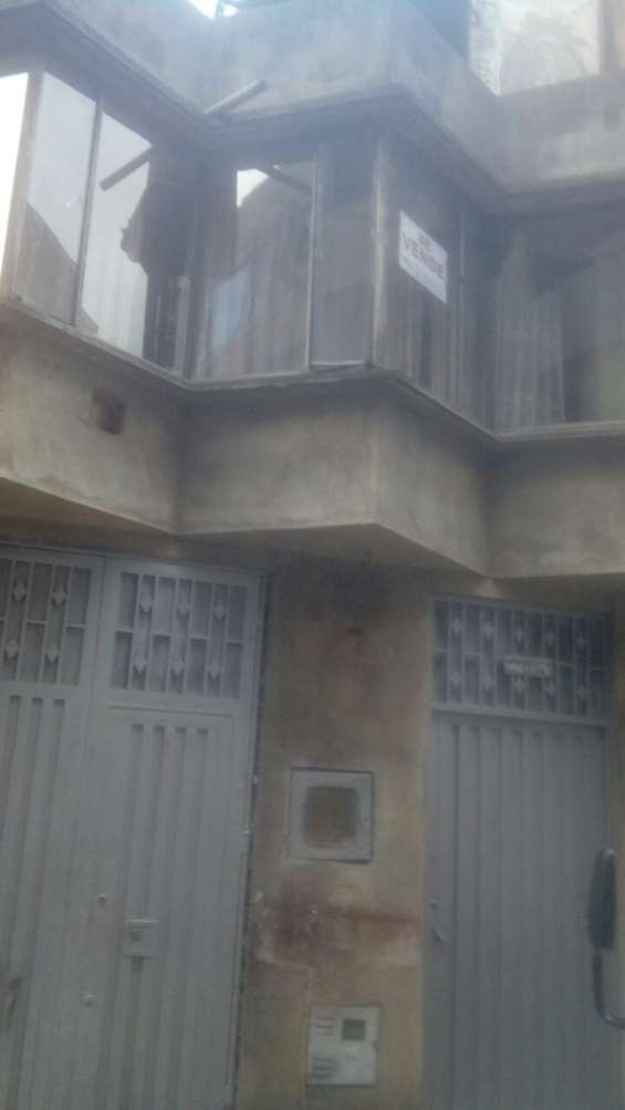 Vendo casa bodega en el barrio villa liliana