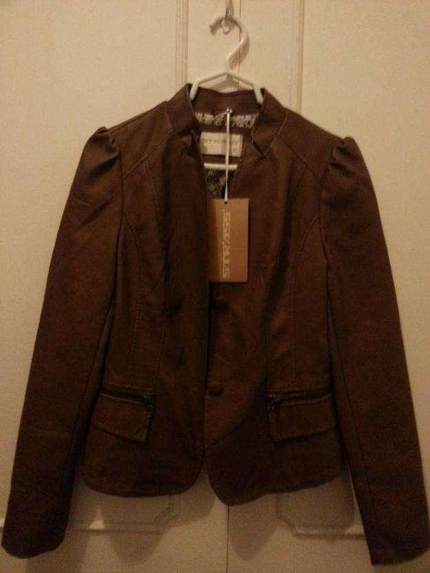 Nueva, chaqueta para dama en cuero, oferta!