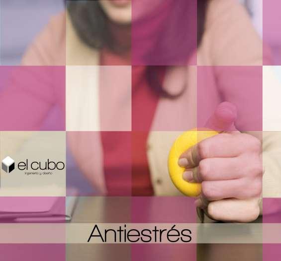Articulos antiestres en diversos tamaños, colores y formas promocionales
