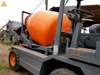 Hormigonera autohormigonera, meclador de concreto revolvedora de concreto carmix dieci l35