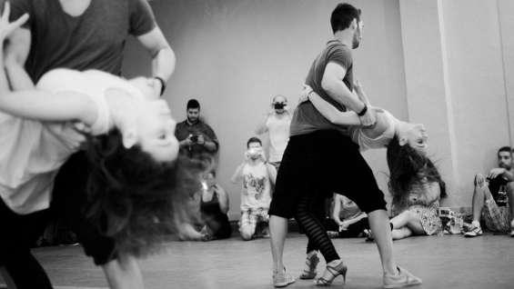 Clases y coreografias personalizadas de baile a domicilio