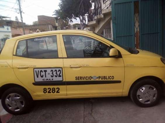 Vendo taxi kia picanto 2010 a gasolina ful equipo