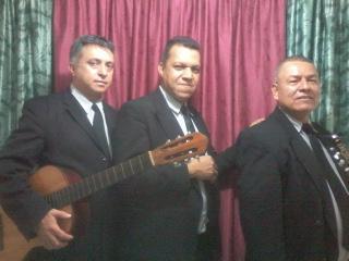 Duetos, tríos y grupos, serenatas en medellín